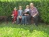 hera-auf-katharinas-schoss-umringt-von-ihrer-neuen-familie.jpg